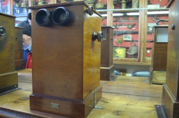 Stereoscope at Sanctuary Wood Museum (Hill 62), Zillebeke, Ypres.