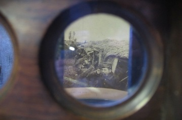 Stereoscope viewfinder, Sanctuary Wood Museum (Hill 62), Zillebeke, Ypres.